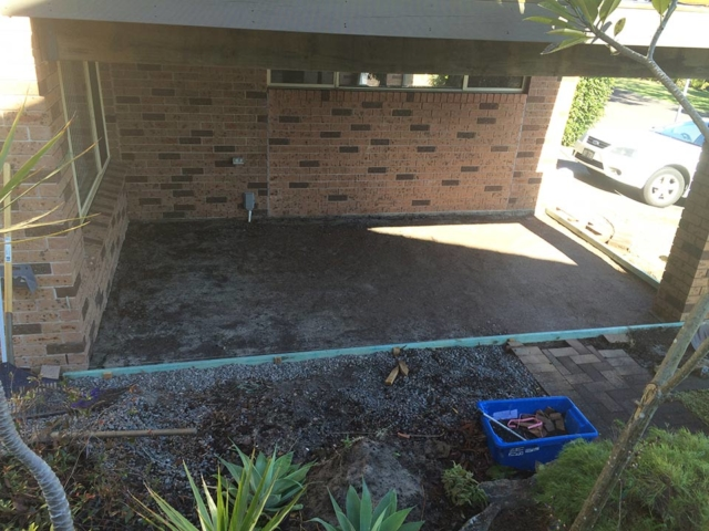 DirtGlue industrial is the ideal choice for natural looking roads, driveways, hardstand areas, parking lots and pathways