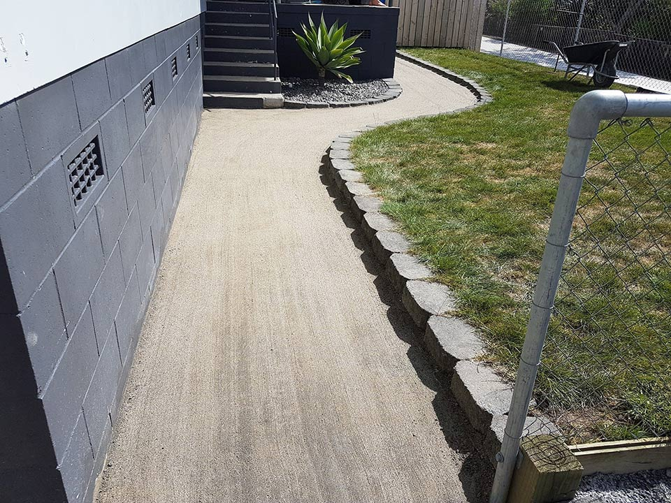 DirtGlue industrial ideal for areas like domestic paths