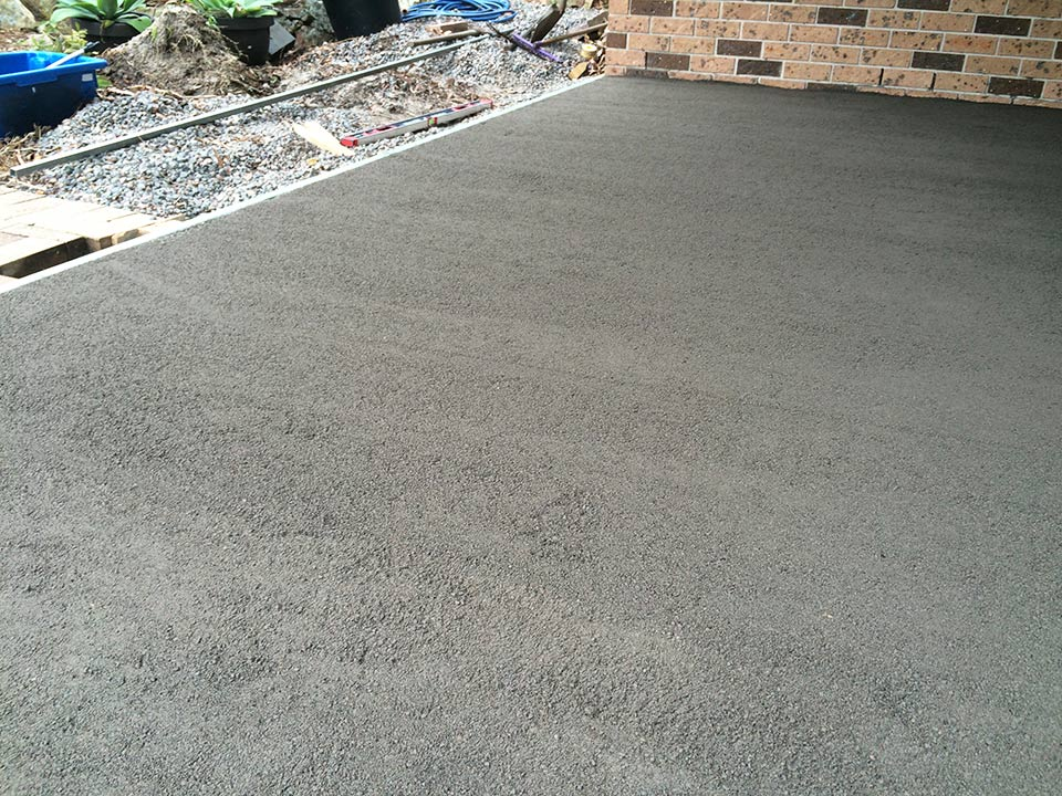 DirtGlue industrial is the ideal choice for natural looking driveways