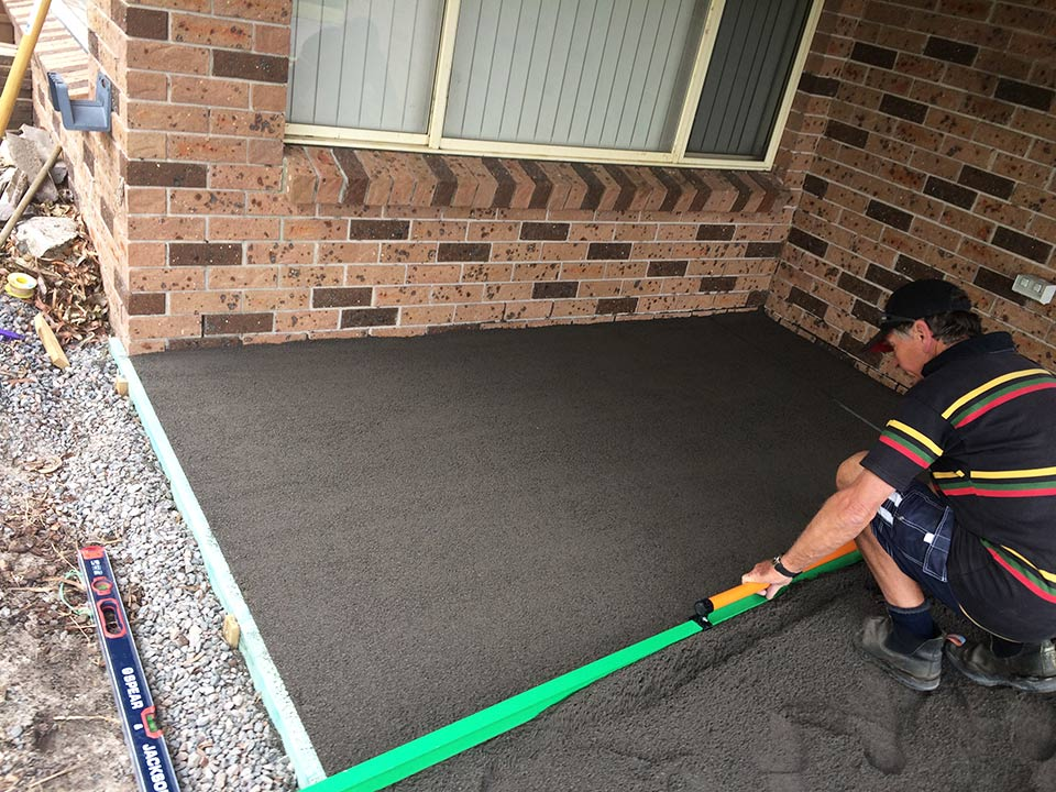 DirtGlue industrial combined with gravel or sand makes durable  surface for car parking, driveways and carports